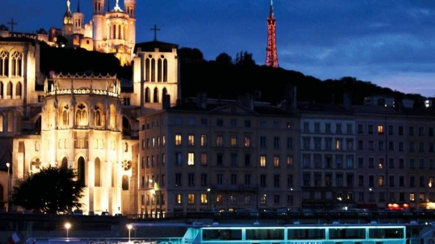 Croisière spectacle humoristique sur la Saône