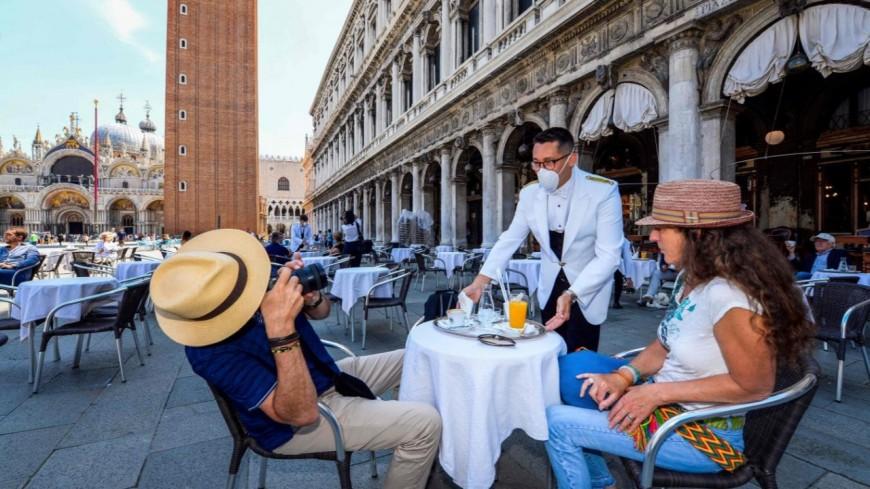 Les bars et restaurants rouvrent en italie