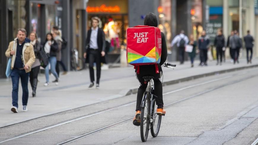 Just Eat recrute 150 livreurs en CDI à Lyon