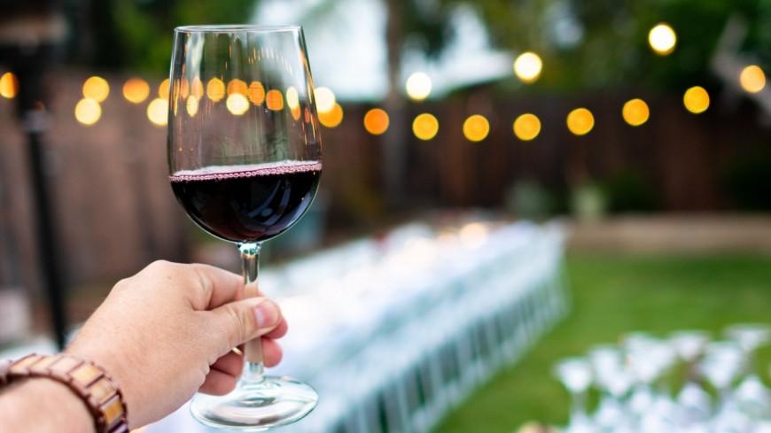 Être rémunéré 8.500 en testant du vin, c'est possible !