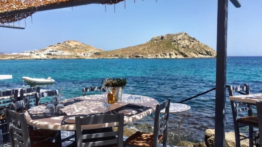 La Grèce a rouvert les terrasses de bars et restaurants