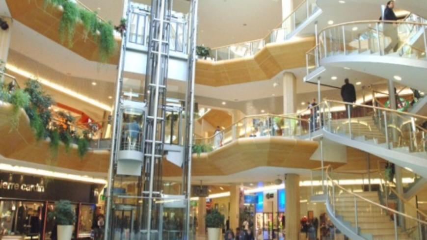 Pass sanitaire :  La mise en place avoisine les  350.000 euros au centre commercial de La Part-Dieu