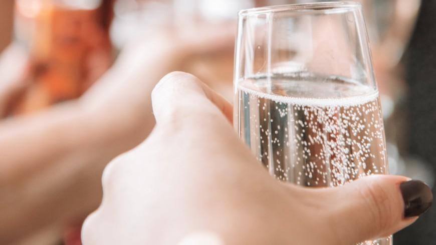 Alerte job de rêve : Être payé pour boire du Prosecco !