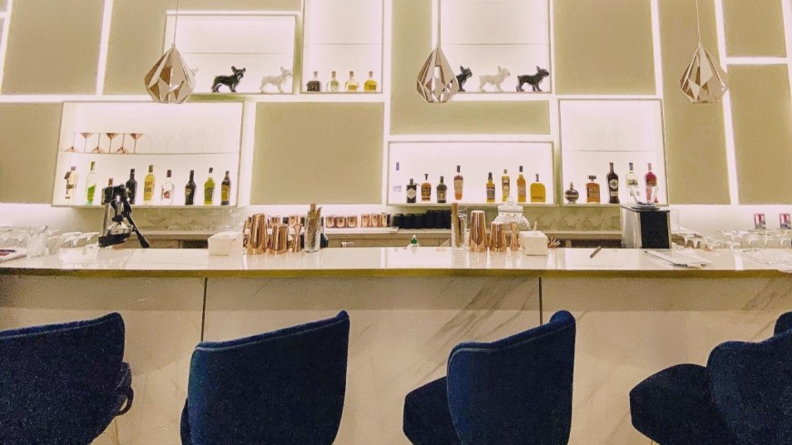 Les 6ix B inaugure son bar !